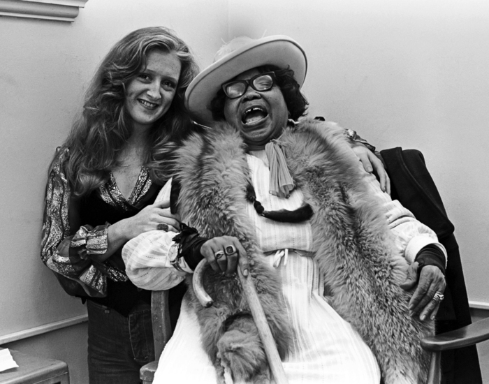 Bonnie Raitt With Sippie Wallace